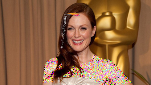 best-oscars-beauty-Julianne-Moore-2004.jpg