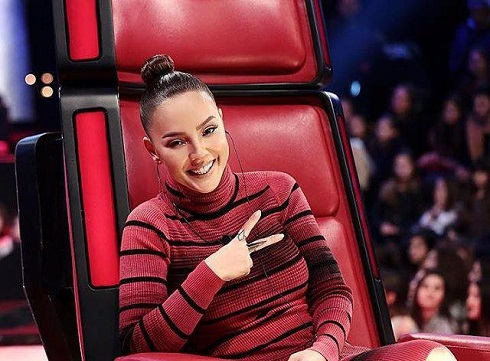 خواننده محبوب ترکیه ابرو گوندش