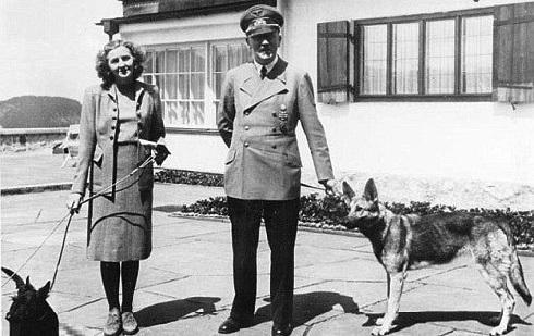 هیتلر و اوا براون معشوقه اش