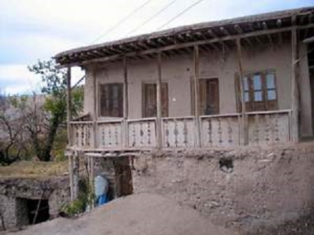 بافت خانهها و معماری بناهای روستای میلک