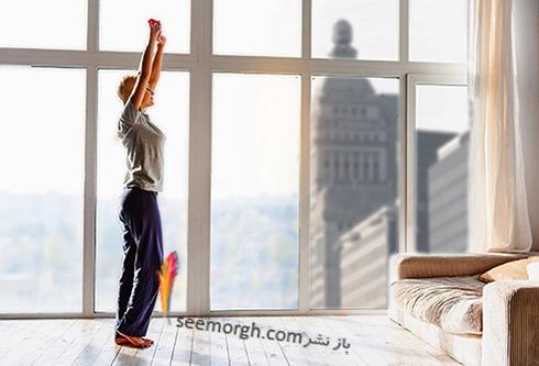 زنی در حال ورزش کردن