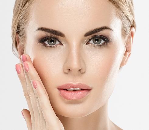 پوست,مراقبت از پوست,پوست براق,10 راه برای داشتن پوستی براق و خیره کننده