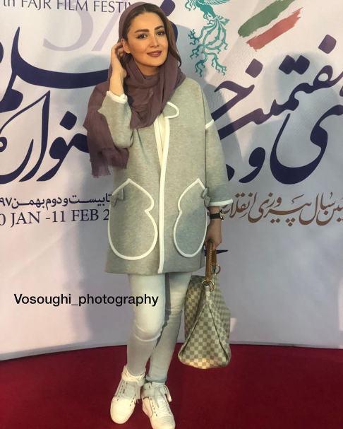 شیلا خداداد در اکران فیلم مسخره باز در جشنواره فیلم فجر