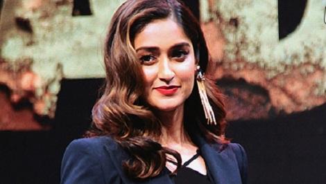 the richest female actress in bollywood9 - از آیشواریا رای تا پریانکا چوپرا ثروتمندترین ستاره های زن بالیوود + عکس