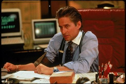 مایکل داگلاس در فیلم «وال استریت» (۱۹۸۷)