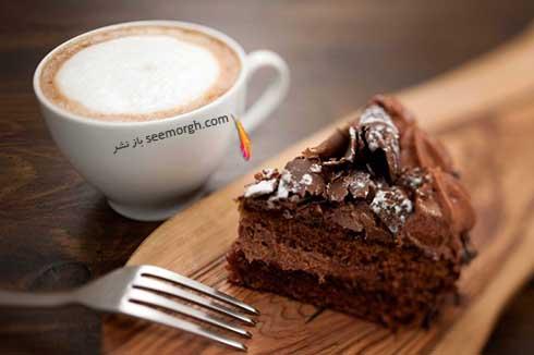 کیک شکلاتی و قهوه
