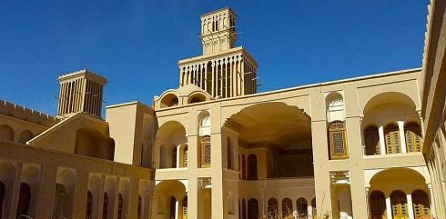 بادگیرهای اصیل و زیبای ابرکوه در خانه آقازاده یزد