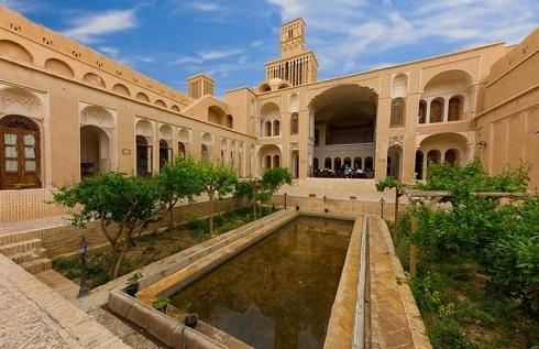 یکی از زیباترین خانه های تاریخی خانهی آقازاده