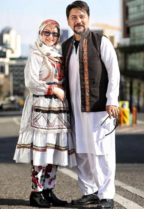 لباس امیرحسین صدیق و همسرش