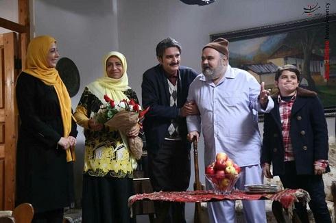 بیژن بنفشه خواه و اکبر عبدی در سریال نوروزی شش قهرمان و نصفی