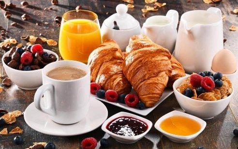 صبحانه,صبحانه و چاقی,این مدل صبحانه خوردن چاق تان می کند، مراقب باشید!!