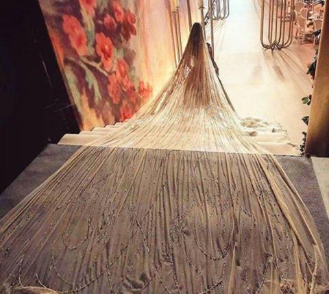 لباس عروس خاصي عروس لبناني