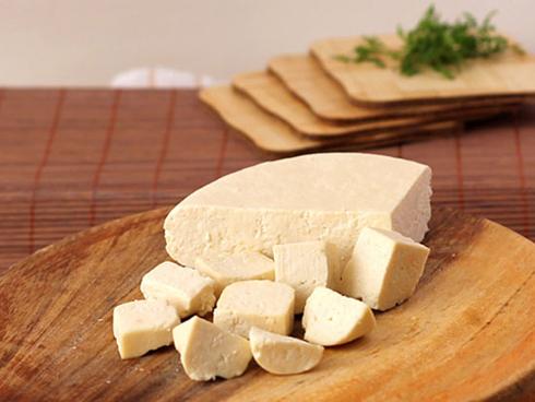 پنیر,کاربرد انواع پنیر در آشپزی,موارد استفاده پنیر های مختلف در آشپزی,کاربرد پنیر فتا در آشپزی