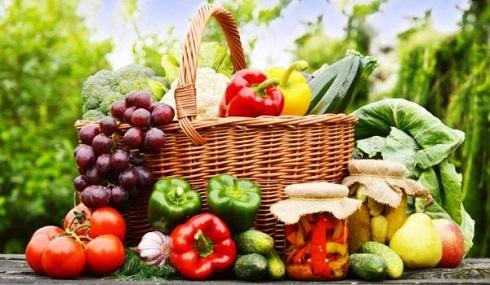 میوه و سبزی در سبد