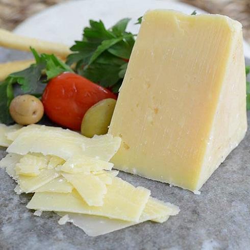پنیر رومانو