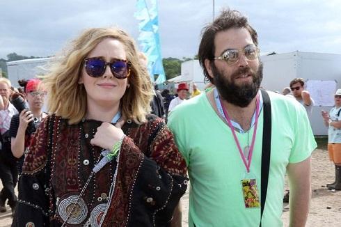 عکس ادل و همسرش سایمن کُنِکی
