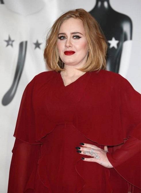 اَدل Adele خواننده محبوب بریتانیایی