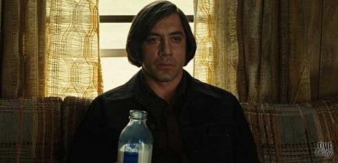 خاویر باردام در نقش آنتون شیگور Anton Chigurh