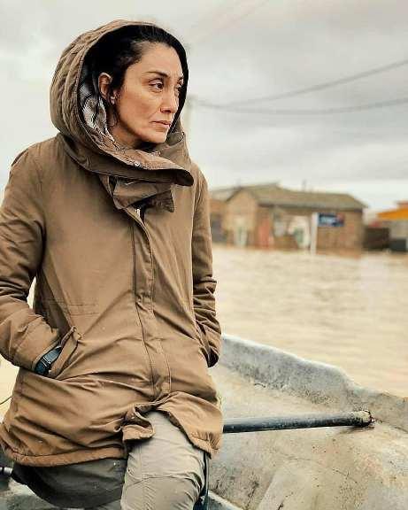 عکس هدیه تهرانی در مناطق سیل زده