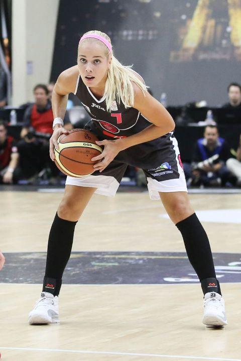 چهره آنتونیا سندریچ بسکتبالیست 30 ساله