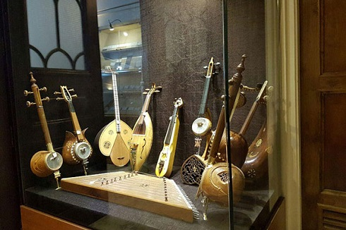 سازهای نفیس ایرانی در موزه موسیقی