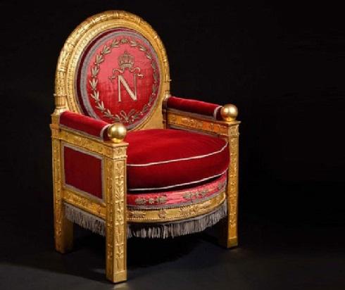 تصویر تخت سلطنتی ناپلئون به قیمت 500 هزار یورو