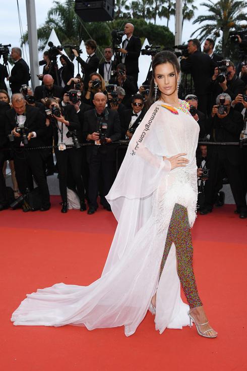 مدل لباس,مدل لباس در جشنواره کن,جشنواره کن,جشنواره کن 2019,مدل لباس در جشنواره کن 2019,مدل لباس الساندرا آمبرسیو Alessandra Ambrosio در افتتاحیه جشنواره کن 2019 Cannes