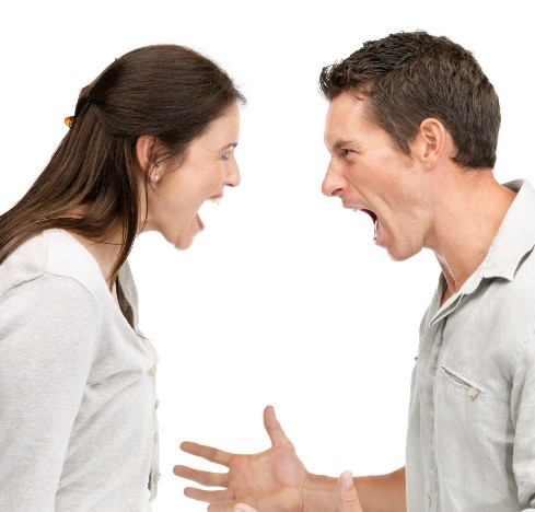 اختلافات زناشویی,حل اختلافات زناشویی,بهترین راه حل برای اختلافات زناشویی,8 نکته طلایی در حل دعواهای زن و شوهری