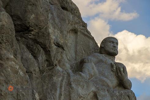 تندیس دیدنی هرکول در کوه بیستون