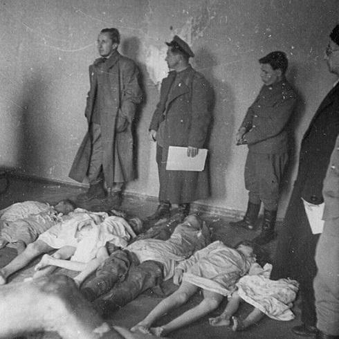 ماگدا گوبلز فرزندانش را با سیانور به قتل رساند