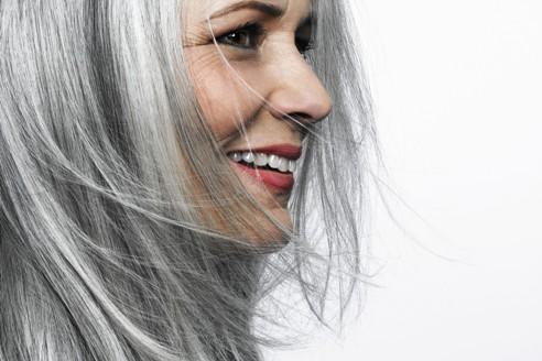 موهای سفید را چگونه در منزل رنگ کنیم؟ ,رنگ کردن موهای سفید