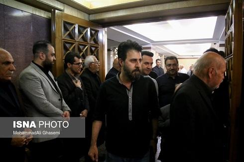 هومن حاجی عبدالهی در مجلس ترحیم بهنام صفوی