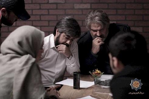 حامد عنقا در کنار مهدی سلطانی پشت صحنه سریال پدر