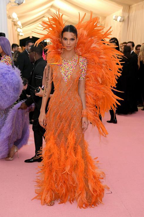 مت گالا,مدل لباس,مدل لباس در مت گالا,عجیب ترین مدل لباس,عجیب ترین مد لباس در مت گالا,مدل لباس در مت گالا 2019 Met Gala کندال جنر Kendall Jenner
