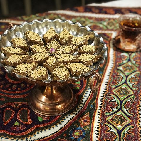 طرز تهیه خرما بریز برای سحری ماه رمضان,خرما بریز,سحری,سحری ماه رمضان