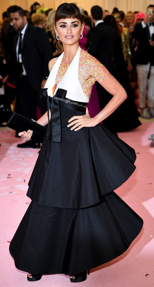 Penelope-Cruz-in-Chanel-metgala2019.jpg