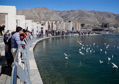 عکاسی در دریاچه چیتگر