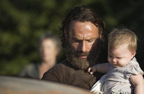 نوزاد بازیگر در سریال مردگان متحرک The Walking Dead