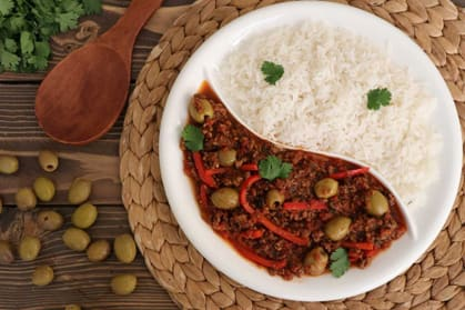 8 پیشنهاد غذایی مقرون به صرفه,برنج و خورش آماده