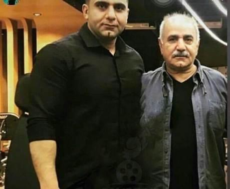 پرویز پرستویی در کنار پسرش