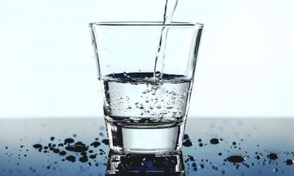 چگونه 1 ماهه 3 کیلو لاغر شویم؟,آب اما چه آبی؟