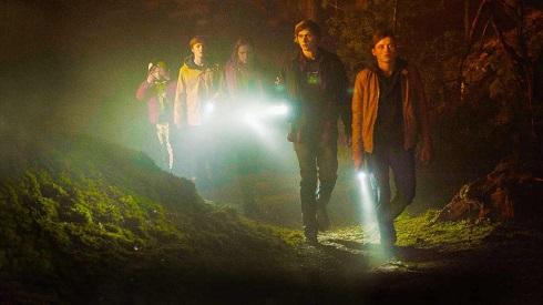 نقد سریال دارکdark,سریال تاریک,سریال خارجی,سفر در زمان
