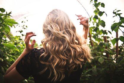طرز تهیه ماسک مو برای تقویت و جوندار کردن مو