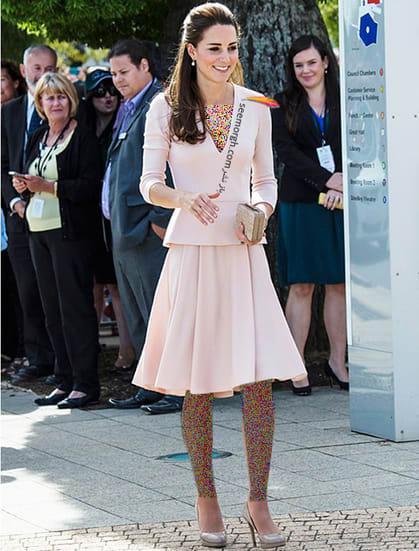 کت و دامن صورتی روشن به سبک کیت میدلتون Kate Middleton,کت و دامن,کیت میدلتون,مدل کت و دامن,کت و دامن کیت میدلتون,مدل کت و دامن به سبک کیت میدلتون
