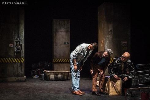 نمایش مرد بالشی,نوید محمدزاده و بهرام افشاری,گریم نوید محمدزاده درنمایش