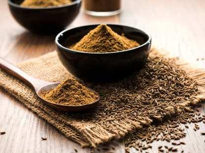 کاهش سریع چربی دور شکم با این ادویه معطر,پودر زیره برای لاغری