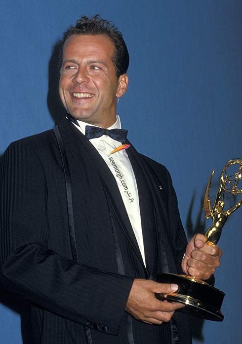 بروس ویلیس Bruce Willis همسر دمی مور برنده جایزه امی