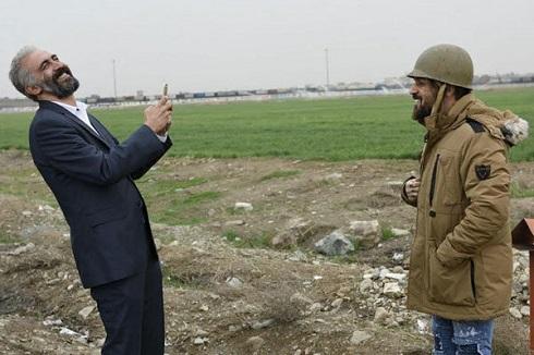 هادی حجازیفر و احمد مهرانفر در فیلم سینمایی کاتیوشا