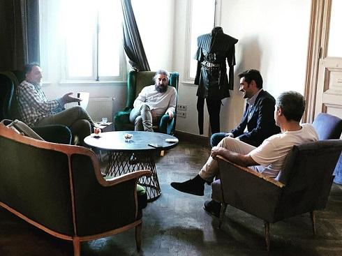 شهاب حسینی و حسن فتحی در پشت صحنه فیلم مست عشق