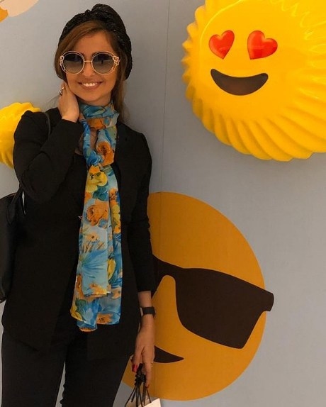 nafisehroshan 25 - تیپ و چهره نفیسه روشن در دوبی